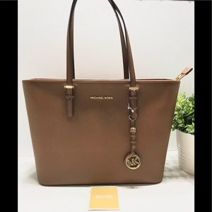 NEW Michael Kors Jet Set Luggage Tz Leather Tote